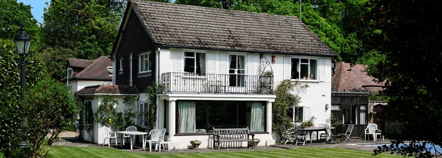 Bed and Breakfast Surrey
